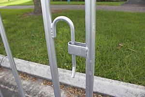 Temp Fence Crowd Control Interlocking